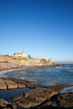 Littoral d'Estoril par l'Océan Atlantique au Portugal Image libre de droits
