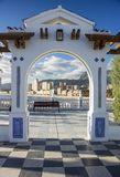 Littoral de Benidorm par la voûte, Alicante, Espagne Images libres de droits