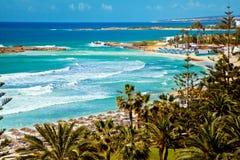 Littoral de la Chypre et mer Méditerranée photographie stock