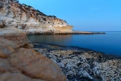 Littoral de la mer Méditerranée autour de la région d'Akyar Mersin La Turquie images libres de droits
