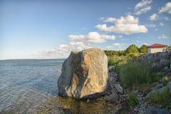 Littoral de mer baltique de Hiiumaa dans l'été Photographie stock