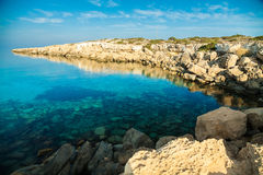 Littoral rocheux, Chypre Photo stock