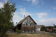 Lituania. Iglesia católica en el scyth de Kurshskaya Foto de archivo libre de regalías