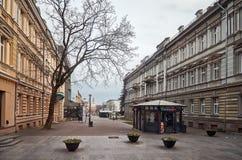 lituania Las calles viejas de Vilna Año Nuevo en Vilnius 31 de diciembre de 2017 Foto de archivo libre de regalías