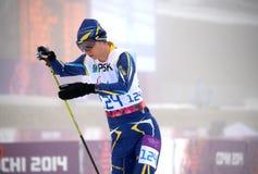 Liudmila Liashenko (Ukraina) konkurrerar på vinterParalympic lekar i Sochi Royaltyfri Foto