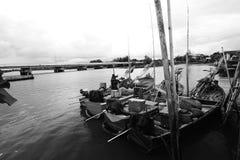 Liv av den thailändska fiskaren Royaltyfri Bild