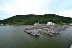 Liv av den thailändska fiskaren Royaltyfri Fotografi