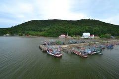 Liv av den thailändska fiskaren Fotografering för Bildbyråer