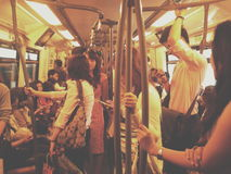 Liv i Skytrain arkivfoton