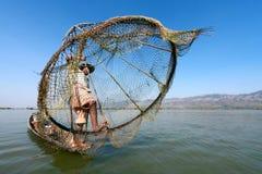 Liv på inlesjön, Myanmar. Arkivfoto
