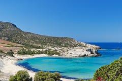 Livadia海滩安提帕罗斯岛,希腊 免版税图库摄影