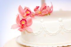 Live flower decoration. Closeup view of live flower decoration on wedding cake Stock Photo