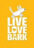 Live Love Bark Quote Concetto capriccioso divertente di vettore dell'insegna del cane su Rusty Grunge Wall Background Fotografia Stock