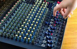 Live Sound Mixers digital y estudio de la música Imagen de archivo libre de regalías