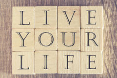Live Your Life-Mitteilung stockfotos