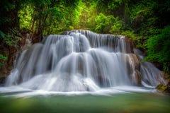 Livello tre di Huai Mae Kamin Waterfall Immagini Stock Libere da Diritti