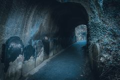 Free LIVERPOOL, ENGLAND, DECEMBER 27, 2018: Spooky Entrance To The Scary Dark Tunnel To The St James& X27;s Cemetery Beside Liverpool Stock Photography - 163443632