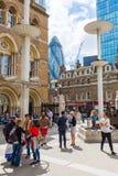 Liverpool gatastation i London, UK Arkivbild