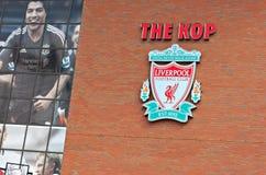 Liverpool, Großbritannien, am 21. April 2012. Liverpool-Fußballvereinkamm, w Lizenzfreie Stockfotos