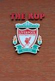 Liverpool, het UK, 21 April 2012. De kam van de de voetbalclub van Liverpool, Stock Afbeeldingen