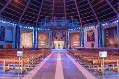 LIVERPOOL, R-U, LE 26 MAI 2019 : Une vue documentant l'int?rieur de la cath?drale m?tropolitaine du Christ le roi, ? Liverpool photos libres de droits
