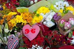 Liverpool, Regno Unito, il 15 aprile 2014 - fiori posti per commemorare i 2 Fotografie Stock