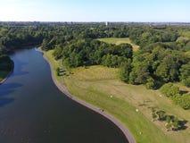 Liverpool Sefton parkerar sjön arkivfoto