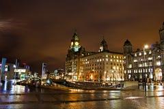 Liverpools historiska strandbyggnader Arkivfoto
