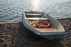 Livfartyg på kust Royaltyfria Foton