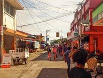 Livingston - Guatemala, Straat van Livigston in Guatemala stock afbeelding