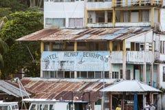 Livingstone, Gwatemala -: stary hotel wzdłuż Rio Dulka Zdjęcia Royalty Free