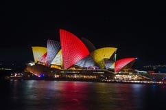 Livliga färger på operahus Royaltyfria Foton