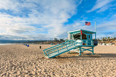 Livräddare Hut på Santa Monica Beach California Royaltyfri Bild