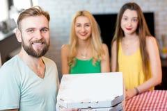 livraison de la pizza d'homme Photo libre de droits