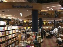 Livraria Cultura, traditionell bokhandel i den Sao Paulo staden arkivfoton