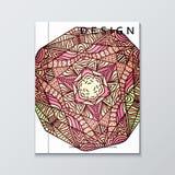 Livre avec le mandala rouge Mandala réaliste de Bourgogne de brochure Photographie stock