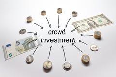 Livre d'euro de dollar d'investissement de foule Photos stock
