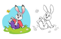 Livre de coloriage ou page Lapin dans un pré parmi les marguerites et le papillon Photos libres de droits