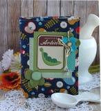 Livre de cuisine fait main Photographie stock