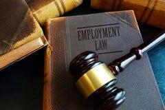Livre de droit de l'emploi Photographie stock