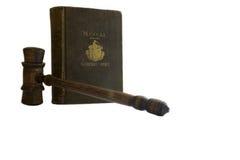 Livre et marteau de loi de cru ; Cour générale Images libres de droits