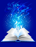 Livre magique Photos libres de droits