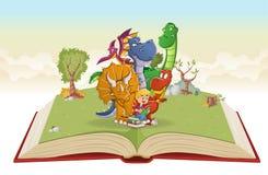 Livre ouvert avec le garçon de bande dessinée lisant un livre à de grands dinosaures illustration de vecteur