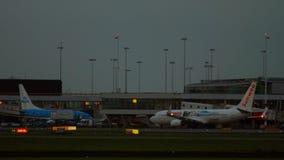 Livrea di Boeing 737 Transavia Sunweb archivi video