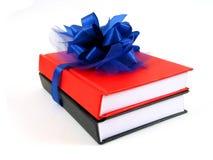 Livres comme cadeau (vue horizontale) Photographie stock libre de droits