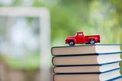 Livres d'étude et matériaux d'étude images stock