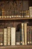 Livres dans une bibliothèque de Midieval Image libre de droits