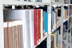 Livres de bibliothèque Photos stock