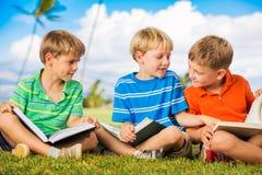 Livres de lecture d'enfants Images libres de droits