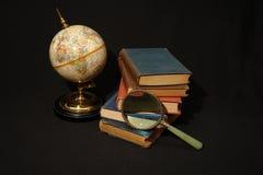 Livres et globes VI Image libre de droits
